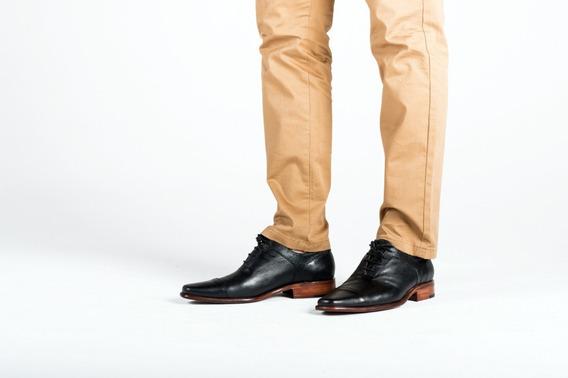 Zapato Hombre Negro Con Detalle En Cuero Grabado 100% Cuero
