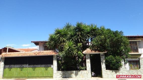 Casas En Venta Mls #19-16426 Gabriela Meiss Rent A House C