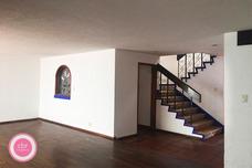 Casa Sola Renta Gutiérrez Zamora, Las Águilas