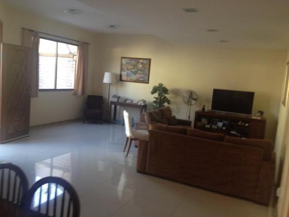Casa Para Venda Em Volta Redonda, Jardim Belvedere, 4 Dormitórios, 2 Suítes, 4 Banheiros, 4 Vagas - 007_2-203434