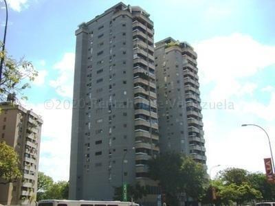Apartamento En Alquiler En La Carlota 21-25