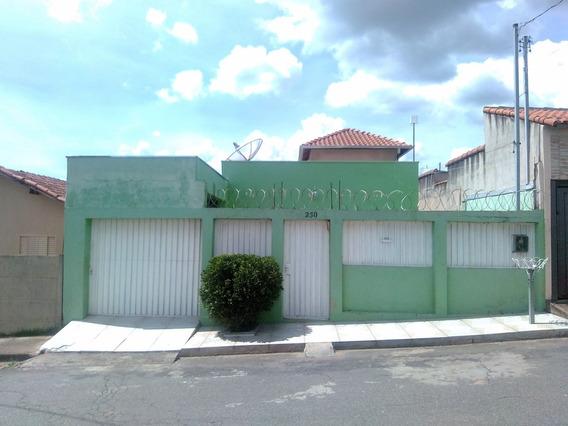 Casa 3 Qts,2 Banh,sala,copa,lavanderia,4 Vagas, Área Churras