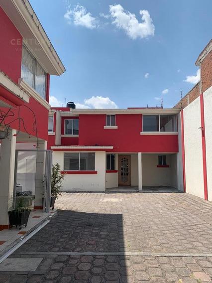 Casa En Venta En Villas Tepaltitlán.
