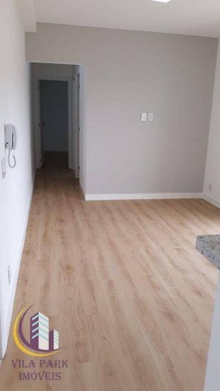 Apartamento Com 2 Dormitórios Sendo 1 Suíte, 55 M² Por R$ 1.300/mês - Ap0929