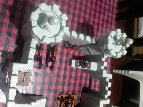 Castillo Medieval Tipo Maqueta Para Armar Con Accesorios
