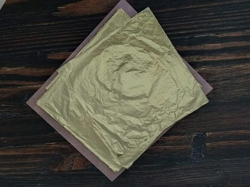 Imagen 1 de 3 de Hojilla Pan De Oro,libro 50 Hojas 16*16cm + Pegante Sisa2oz.
