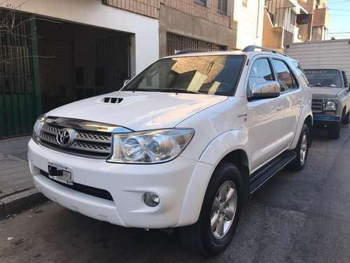 Toyota Hilux Sw4 Cuero 7 Asientos