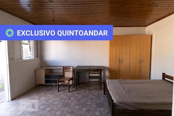 Studio Térreo Mobiliado Com 1 Dormitório E 2 Garagens - Id: 892969897 - 269897