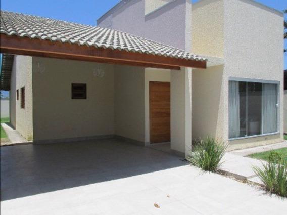 Casa Muito Nova E Decorada Com Acabamento De Alto Padrão