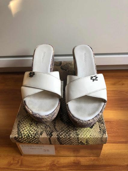 Sandalia Sarkany Usada Talle 38 Cuero Blanco