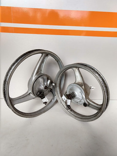 Par De Rodas Da Biz Mais 100cc Original Honda (usado)