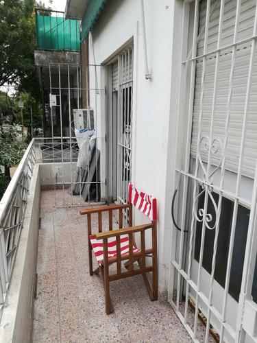 Parque Chacabuco,t/casa 1 Piso ,s/ Expensas ,terraza,quincho