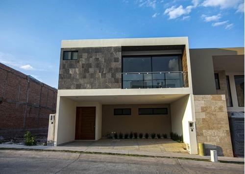 Casa En Venta San Angel
