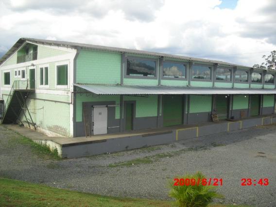 Barracão Comercial Com 1500,00 M2