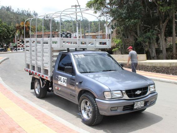 Chevrolet Luv Estacas 2003