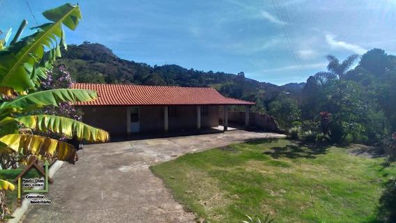 Linda Chácara Em Pedra Bela, Região Circuito Das Águas - Ch0131
