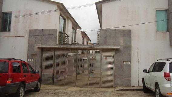 Casa En Renta En Privada De Bellavista, Col. Guadalupe Victoria.