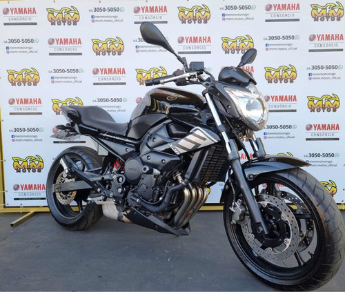 Imagem 1 de 4 de Yamaha 2011
