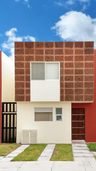 Casa De Oportunidad En Venta En El Refugio Qro $1,950,000