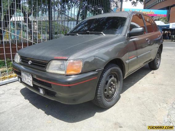 Toyota Starlet .