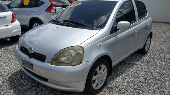 Toyota Vitz 4 Cilindros Gris 2001