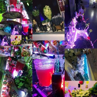 Open Bar Drinks Som Iluminação E Dj