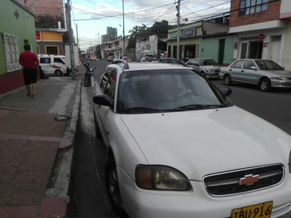 Chevrolet Esteem Full Equipo 2001