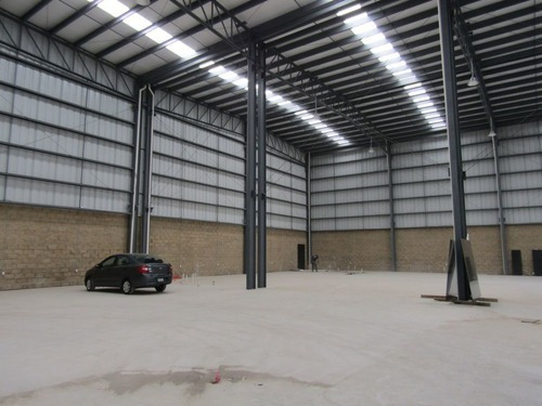 Nave En Parque Industrial Frente A Technology Park