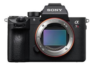 Cámara Full-frame De 35mm A7r Iii Con Enfoque Automático