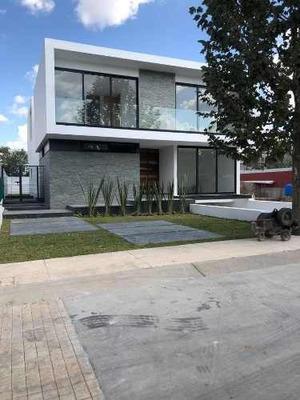 Residencia Nueva En Valle Real