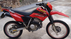 Moto Honda Xr 250 Tornado 2005 Vermelha
