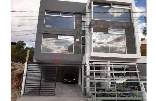Venta Departamento Nuevo Amueblado En Lomas 3ra, Con Excelente Vista