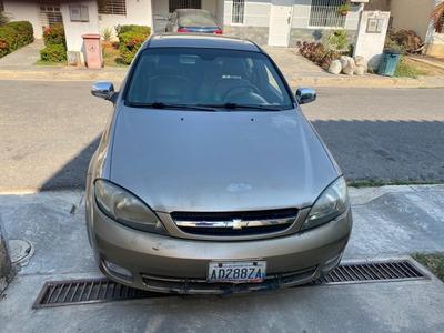 Optra Hatchback Automático