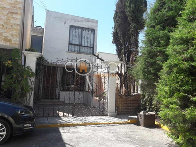 Casa En Fraccionamiento El Pilar, Zona Momoxpan