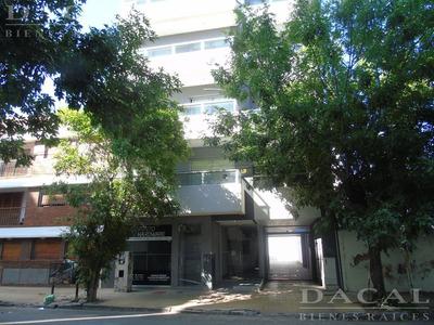 Departamento En Alquiler En La Plata Calle 16 E/ 55 Y 56 Dacal Bienes Raices