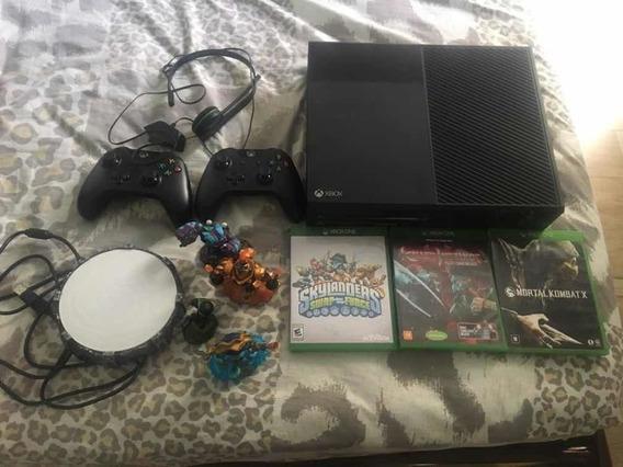 Xbox One, Console Completo Com Dois Controles E Jogos