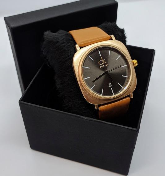 Relógio Elegance Couro Ecológico