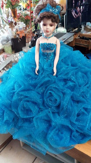 Muñeca De Porcelana Para Xv Años Vestido De Rosas
