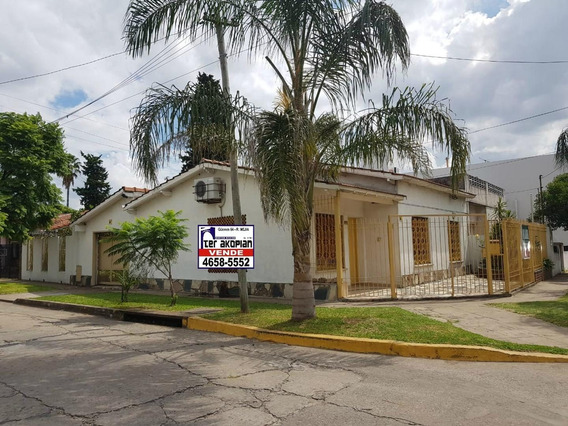 Chalet En Venta En Villa Luzuriaga - Escuchan Ofertas