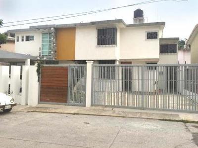 Casa Sola En Renta Fracc. Villa Los Arcos En Privada Con Vigilancia