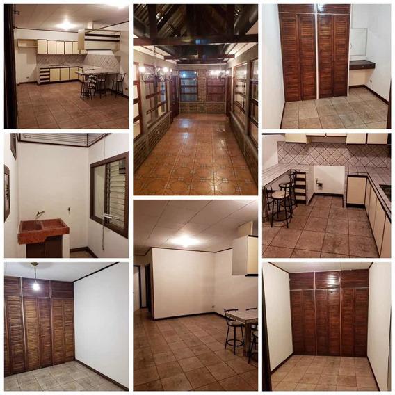 Alquiler Apartamento San Francisco Dos Ríos C/s Cochera