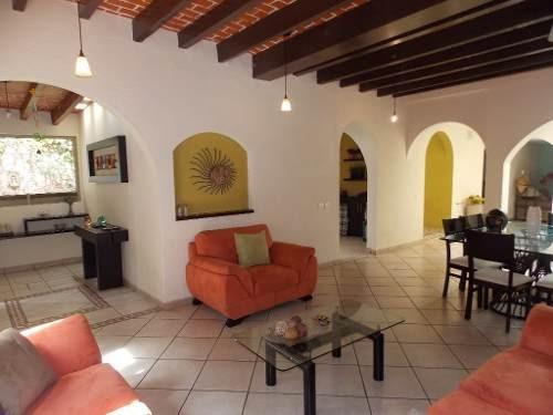 Hermosa Casa En Venta En El Centro De Coyoacan