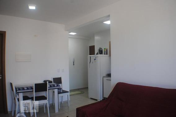 Apartamento No 2º Andar Mobiliado Com 2 Dormitórios E 1 Garagem - Id: 892952076 - 252076