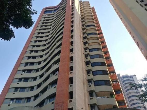 Venta Acogedor Apartamento Las Chimenas 20-10574 Maria Zambr