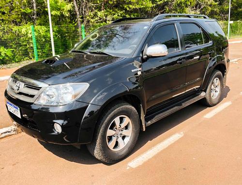 Imagem 1 de 10 de Toyota Sw4 2008 3.0 Srv 7l 4x4 Aut. 5p