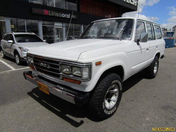 Toyota Land Cruiser Ranchera