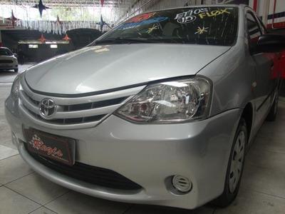 Toyota Etios 1.5 Sedan 2013
