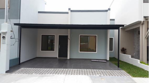 Casa En Condominio Nobleza Del Coris