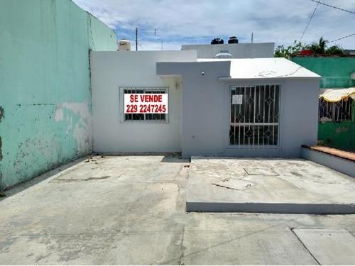 Casa Sola En Venta Venustiano Carranza 1ra Secc