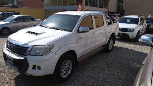 Toyota Hilux 3.0 Cd Srv I 171cv 4x2 2012